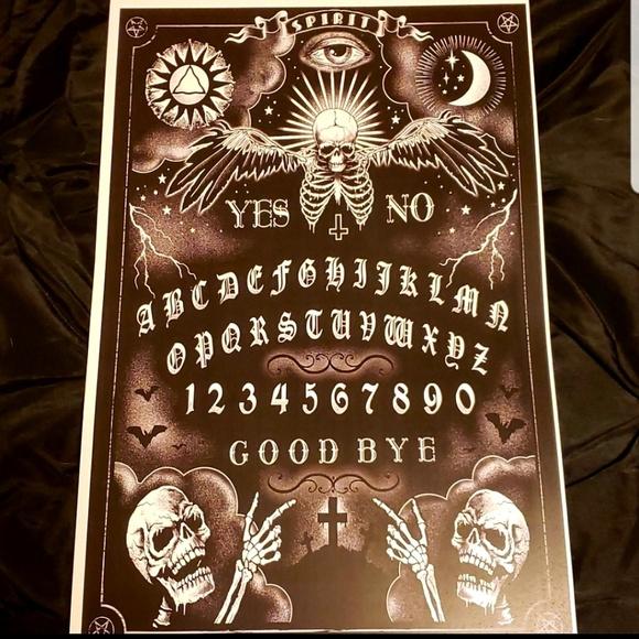 Skull Print Spirit Board